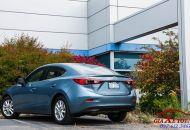 duoi_xe_Mazda_3_hatchback