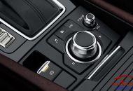 vo_lang_Mazda_3_hatchback_2