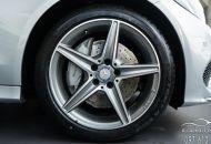 la_zang_Mercedes-Benz_C-Class