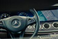 noi_that_Mercedes-Benz_E-Class_2017_4