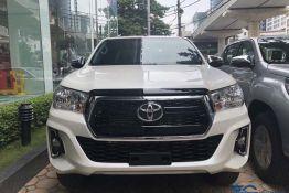 Đầu xe Toyota hilux 2019