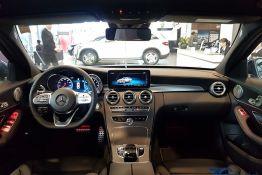 tiện nghi nội thất mercedes C300 AMG