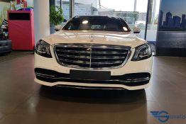 đầu xe mercedes benz S 450L Luxury