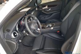 khoang lái mercedes GLC 200