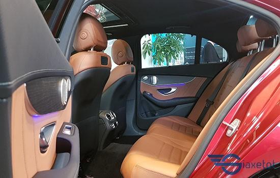 không gian nội thất c300 AMG