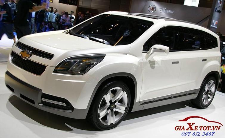 gia xe Chevrolet Orlando 2017