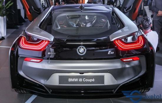 Đuôi xe i8 coupe
