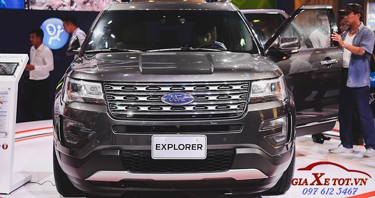 dau xe Ford Explorer 2