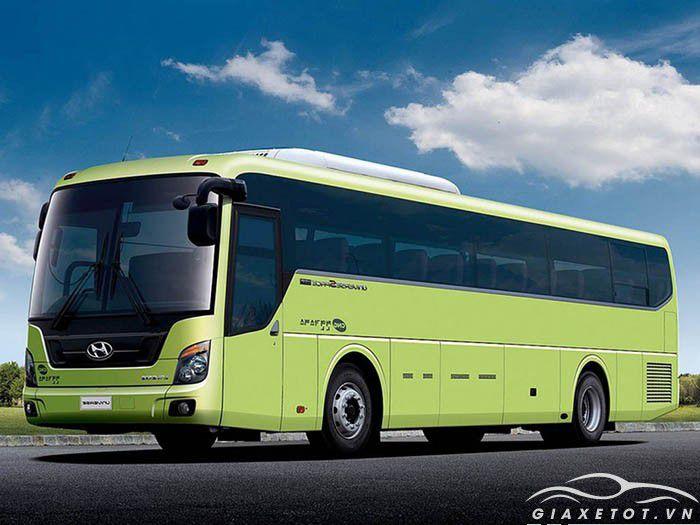 Giá xe Hyundai Universe