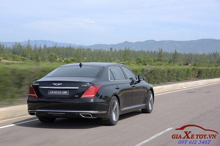 giá Hyundai Genesis G90