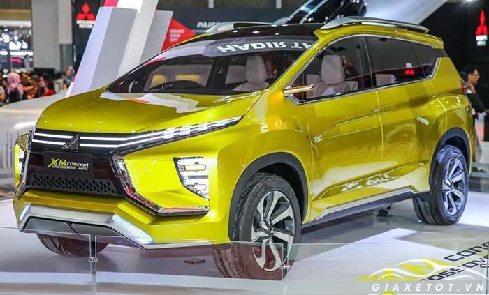 Mitsubishi Xpander  vàng