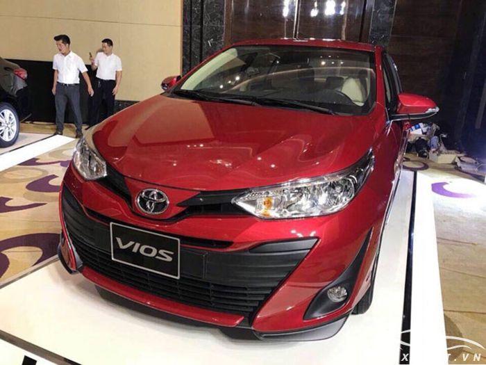 Toyota Vios 2019 màu đỏ