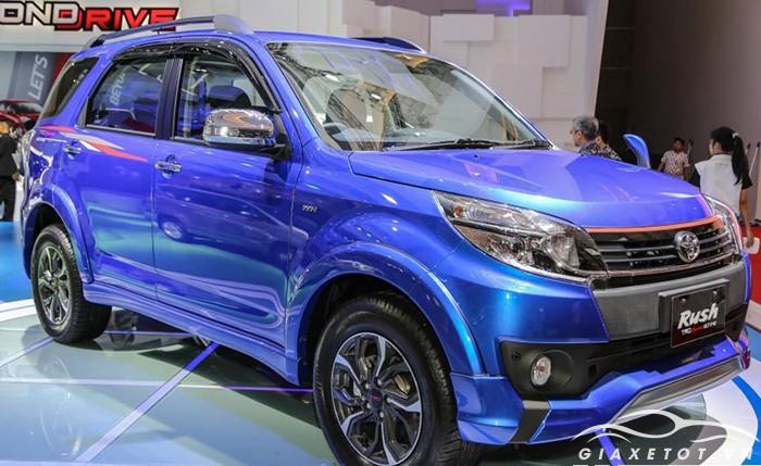 Toyota Rush xanh