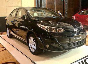 Toyota_vios_mau_den_giaxetot_bg
