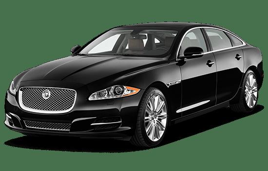 lái thử xe jaguar xj màu đen
