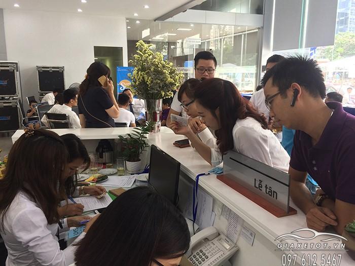 đại lý bán xe hyundai lê văn lương