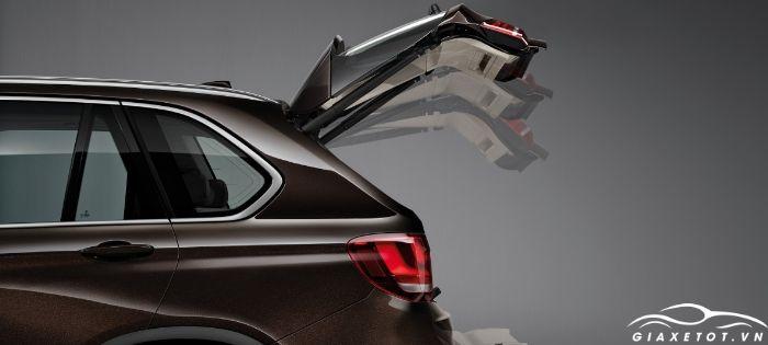 Cốp xe BMW X5