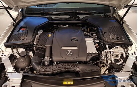 động cơ Mercedes E200