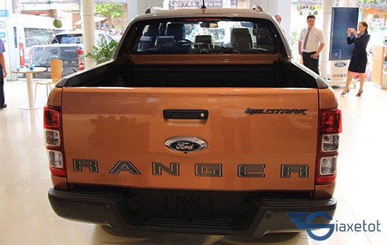 đuôi xe ford ranger 2019 giaxetot