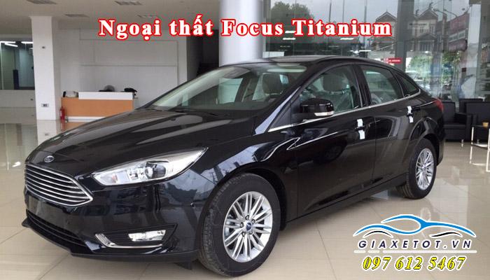 focus-titanium-4-cua-gia-re