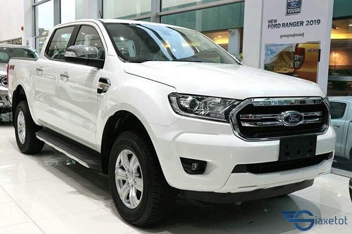 xe ranger trắng 2019