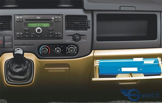 hệ thống âm thanh giải trí ford transit