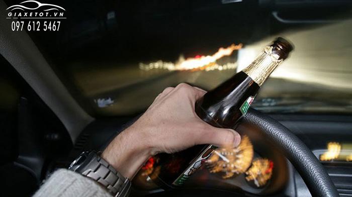 không uống bia rượu khi lái xe đêm