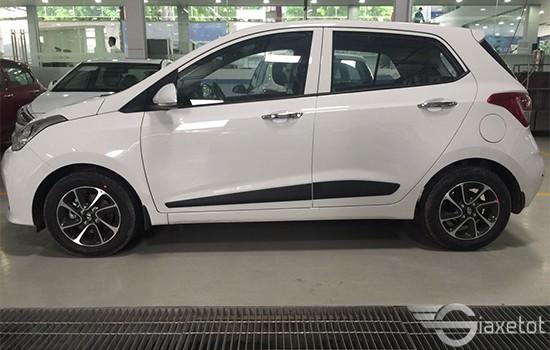 thân xe hyundai i 10 hatchback giaxetot 2019