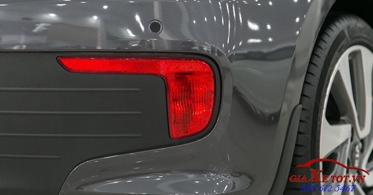 đầu xe Kia Rio hatchback 2