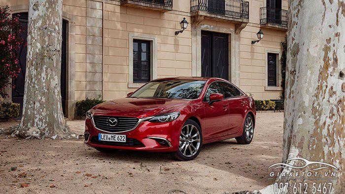 giá xe Mazda 6 2018