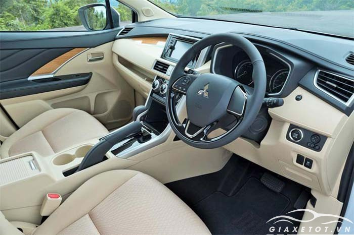 nội thất Mitsubishi Xpander