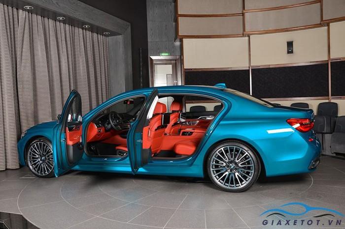 than xe bmw 750li