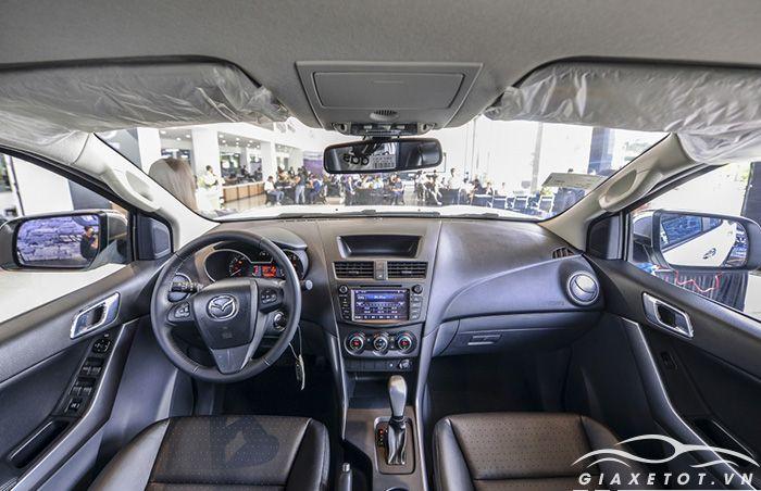 Nội thất Mazda BT50
