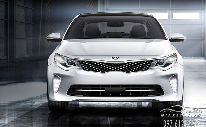 co nen mua kia optima 2018