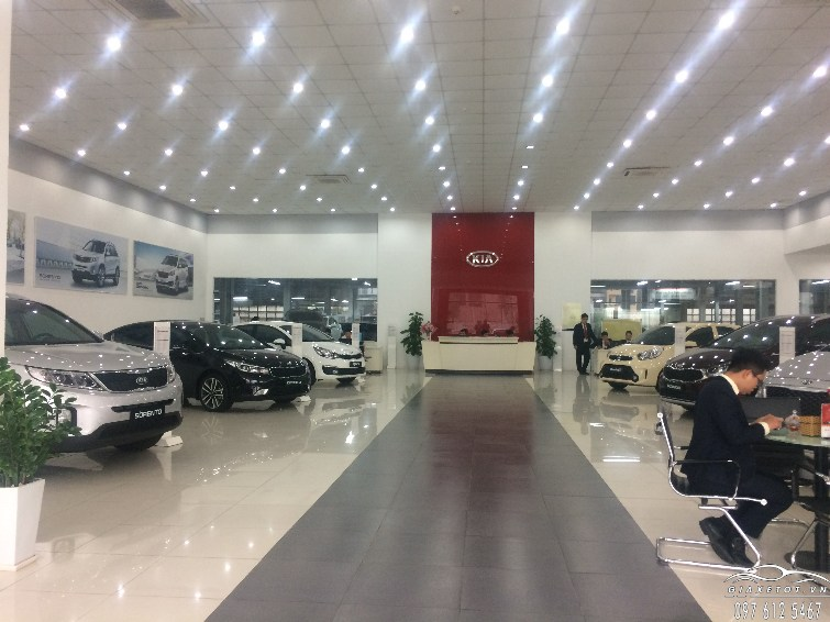 showroom_kia_long_bien