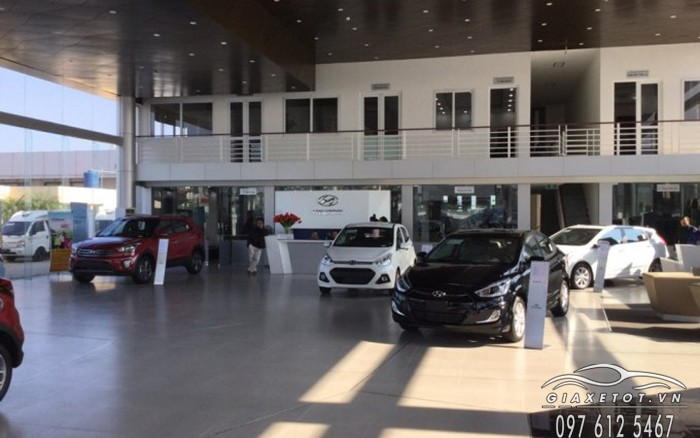 showroom hyundai long bien