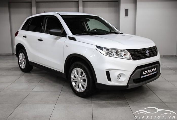 Suzuki Vitara trắng